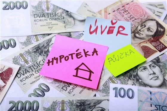 Úrokové sazby u hypoték se stabilizují, zájem o hypoteční úvěry opadá