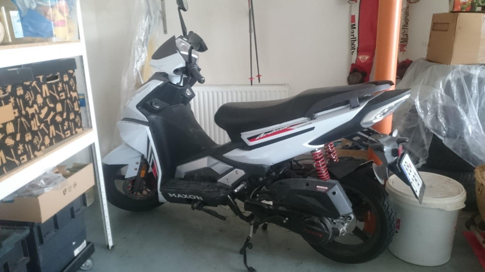 Aukce Motocykl prodáno 17 200