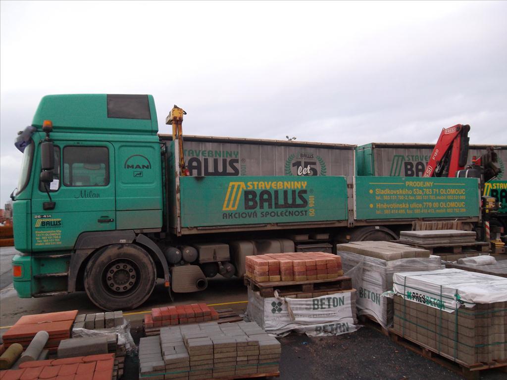 Aukce nákladních aut prodáno 790 125 Kč